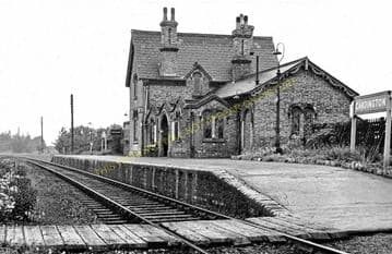 Cardington Railway Station Photo. Bedford - Southill. Hithin Line. Midland. (3)