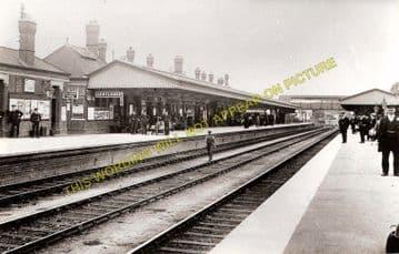 Carmarthen Railway Station Photo. Great Western Railway. (4)