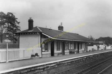 Castle Douglas Railway Station Photo. Dalbeattie - Bridge of Dee. (7)