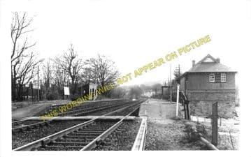 Cefn y Bedd Railway Station Photo. Gwersyllt- Caergwrle Castle. Wrexham Line (1)