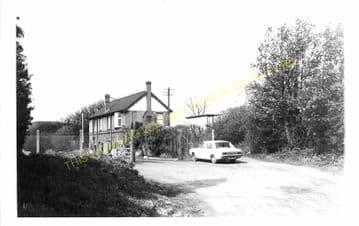 Cefn y Bedd Railway Station Photo. Gwersyllt- Caergwrle Castle. Wrexham Line (3)