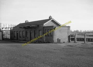 Challow Railway Station Photo. Wantage Road - Uffington. Didcot to Swindon. (5)