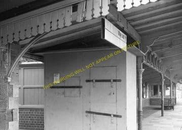 Chepstow Railway Station Photo. Portskewett to Tidenham and Woolaston Lines (12)