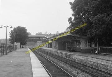 Chepstow Railway Station Photo. Portskewett to Tidenham and Woolaston Lines (16)