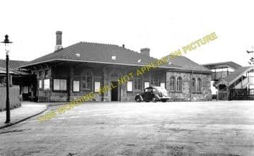 Chepstow Railway Station Photo. Portskewett to Tidenham and Woolaston Lines (3)