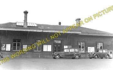 Chippenham Railway Station Photo. Dauntsey - Corsham. Swindon to Bath Line. (1)