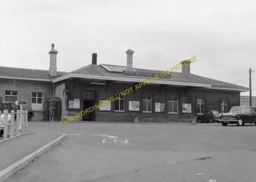 Chippenham Railway Station Photo. Dauntsey - Corsham. Swindon to Bath Line. (3)