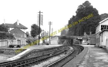 Chiseldon Railway Station Photo. Swindon - Ogbourne. Savernake Line. MSWJR. (3)
