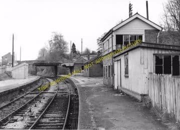 Chiseldon Railway Station Photo. Swindon - Ogbourne. Savernake Line. MSWJR. (4)
