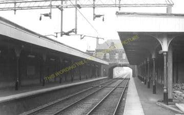 Churchbury Railway Station Photo. Edmonton - Forty Hill. Cheshunt Line. (2)