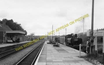Clarbeston Road Railway Station Photo. Clynderwen to Haverfordwest. (5)