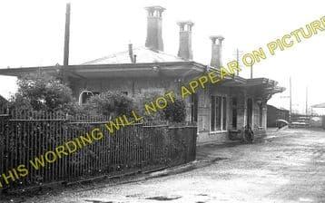 Clynderwen Railway Station Photo. Whitland to Clarbeston Road & Llan-y-Cefn. (2)