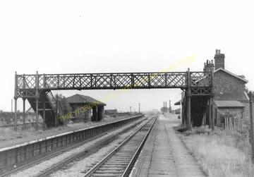 Connah's Quay Railway Station Photo. Flint - Shotton. Chester Line. L&NWR. (2)