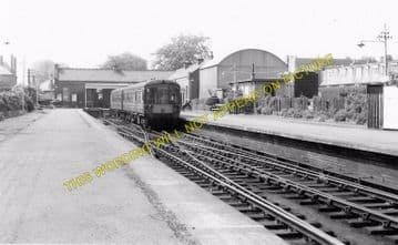 Corstorphine Railway Station Photo. Edinburgh Line. North British Railway. (2)