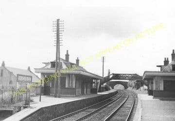 Cove Bay Railway Station Photo. Aberdeen - Portlethen. Newtonhill Line. (3)