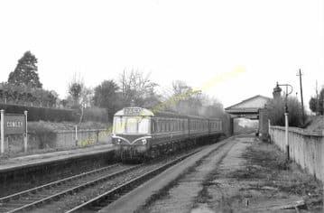 Cowley Railway Station Photo. West Drayton - Uxbridge. Great Western Railway (5)
