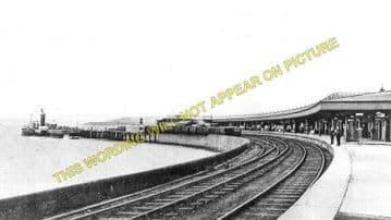 Craigendoran Railway Station Photo. Cardross-  Helensborough. Dumbarton Line (2)