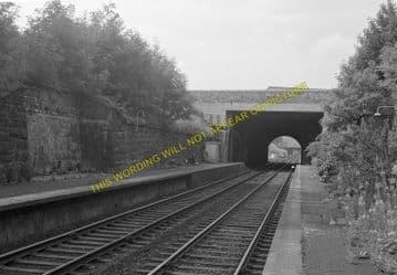 Craiglockhart Railway Station Photo. Edinburgh - Morningside Road. (1)