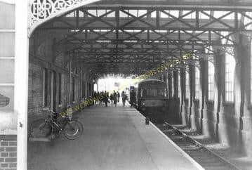 Cromer Beach Railway Station Photo. Sheringham Line. M&GNR. (12)