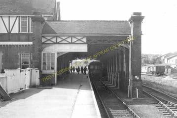 Cromer Beach Railway Station Photo. Sheringham Line. M&GNR. (13)