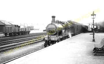 Cromer Beach Railway Station Photo. Sheringham Line. M&GNR. (28)