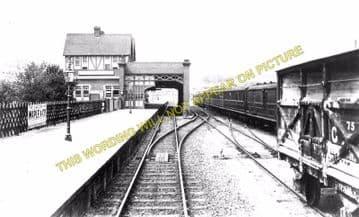 Cromer Beach Railway Station Photo. Sheringham Line. M&GNR. (7)
