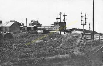 Cromer High Railway Station Photo. Great Eastern Railway. (15)
