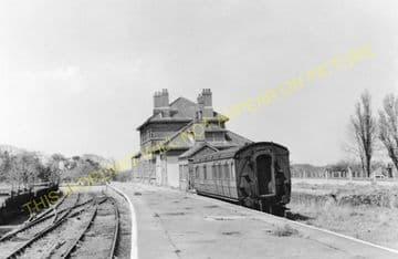 Cromer High Railway Station Photo. Great Eastern Railway. (17)