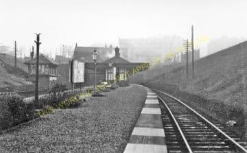 Crow Road Railway Station Photo. Kelvinside - Partick. Caledonian Railway. (1)..