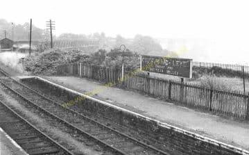 Crumlin High Level  Railway Station Photo. Pontypool - Hengoed. GWR. (6).