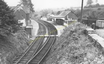 Crymmych Arms Railway Station Photo. Glogue - Boncath. Whitland to Cardigan. (12).