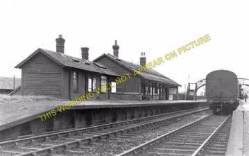 Darvel Railway Station Photo. Loudonhill - Newmilns. Kilmarnock Line. G&SWR (2)
