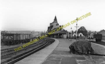 Denbigh Railway Station Photo. Llanrhaiadr to Trefnant and Bodfari Lines. (3)