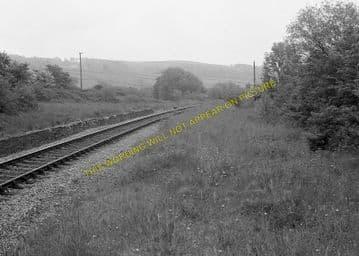 Derwydd Road Railway Station Photo. Llandebie - Ffairfach. Llandilo Line. (3)