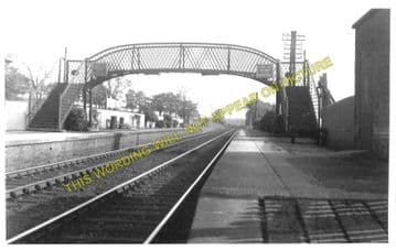Dinwoodie Railway Station Photo. Nethercleugh - Wamphray. Lockerbie Line. (1).
