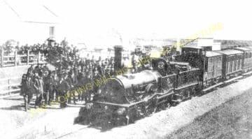 Dollar Railway Station Photo. Tillicoultry - Rumbling Bridge. Alloa Line. (1)