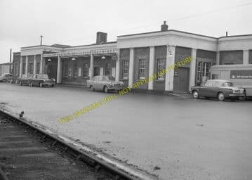 Dorchester South Railway Station Photo. Moreton and Wool Line. L&SWR. (10)..