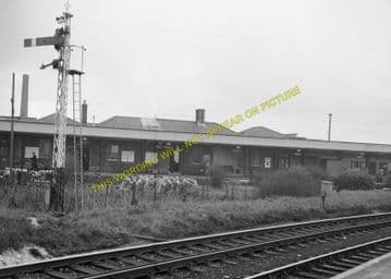 Dorchester South Railway Station Photo. Moreton and Wool Line. L&SWR. (13)