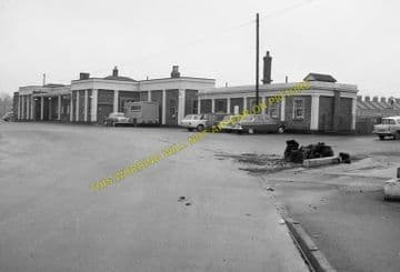 Dorchester South Railway Station Photo. Moreton and Wool Line. L&SWR. (14)