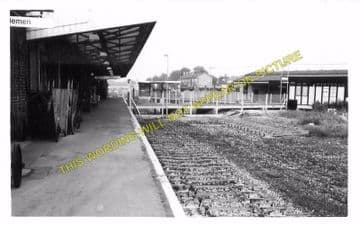 Dorchester South Railway Station Photo. Moreton and Wool Line. L&SWR. (8)
