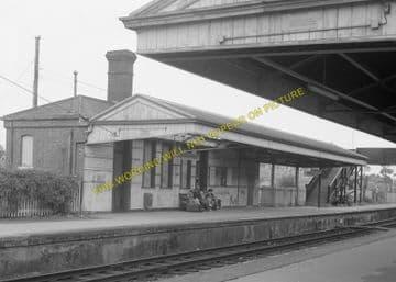 Dorchester West Railway Station Photo. Grimstone & Frampton Line. GWR. (11)