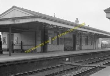 Dorchester West Railway Station Photo. Grimstone & Frampton Line. GWR. (16)