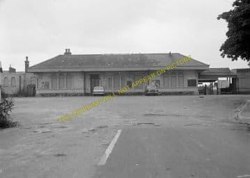 Dorchester West Railway Station Photo. Grimstone & Frampton Line. GWR. (22)