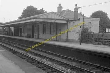 Dorchester West Railway Station Photo. Grimstone & Frampton Line. GWR. (9)