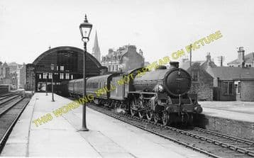 Dundee East Railway Station Photo. Dundee & Arbroath Joint Railway (1).