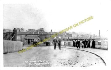 Dunfermline Lower Railway Station Photo. Halbeath - Rosyth and Cairneyhill. (2)