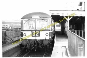 Dunstable Town Railway Station Photo. Luton Line. Great Northern Railway (5)