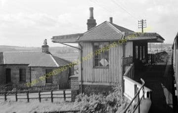 East Grange Railway Station Photo. Bogside - Oakley. Alloa to Dunfermline. (1)