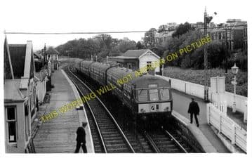 East Newport Railway Station Photo. Wormit - Tayport. Newport-on-Tay East. (1)