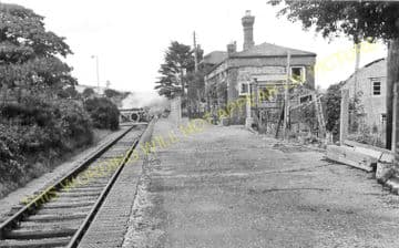 East Street Railway Station Photo. West Bay - Bridport. Powerstock Line. (7)